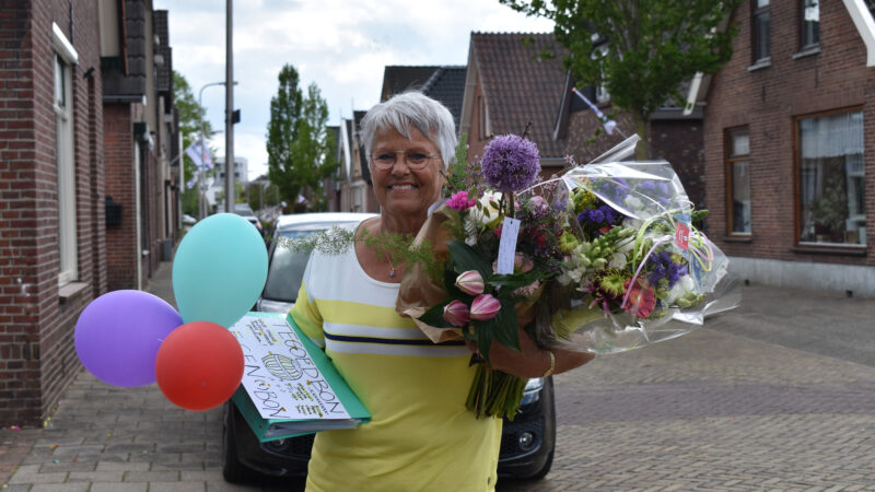 Annie Velnaar verrast met drive through